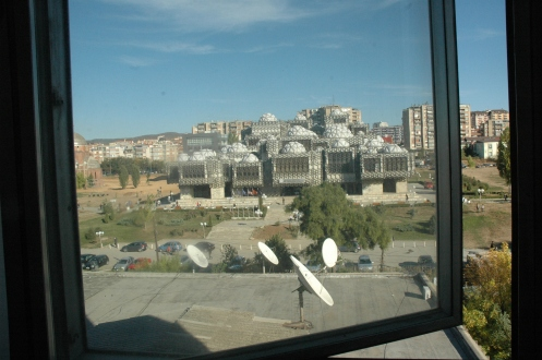 la bibliothèque de Pristina.