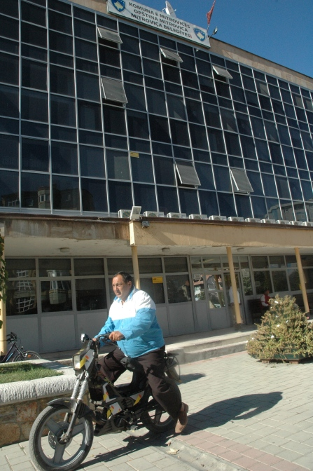 Municipalité de Mitrovicë, côté albanais.
